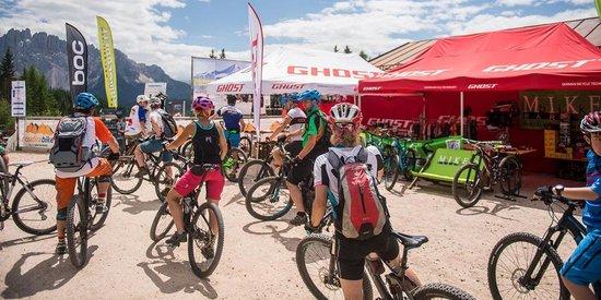 Expo Aussteller beim Bikefestival in Welschnofen